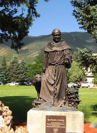 St-Francis-statue